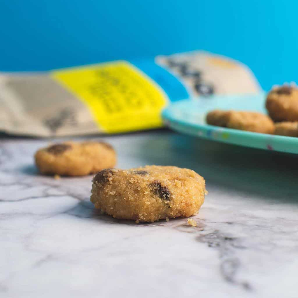 delicious low carb chocolate chip cookies